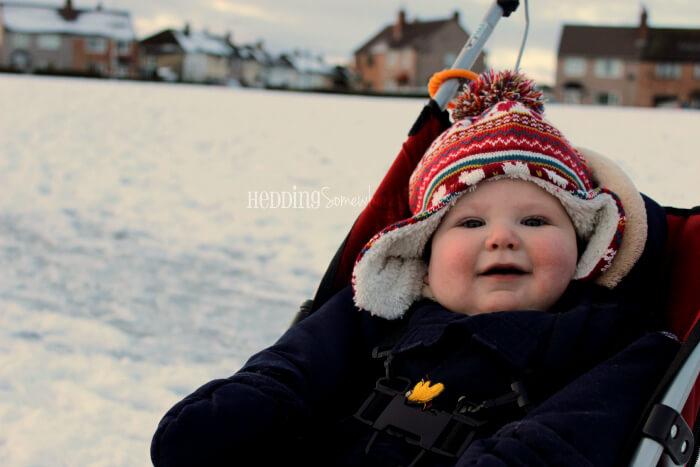 Eva Joy likes the snow